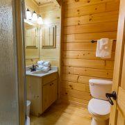 bathroom in ridgeview retreat