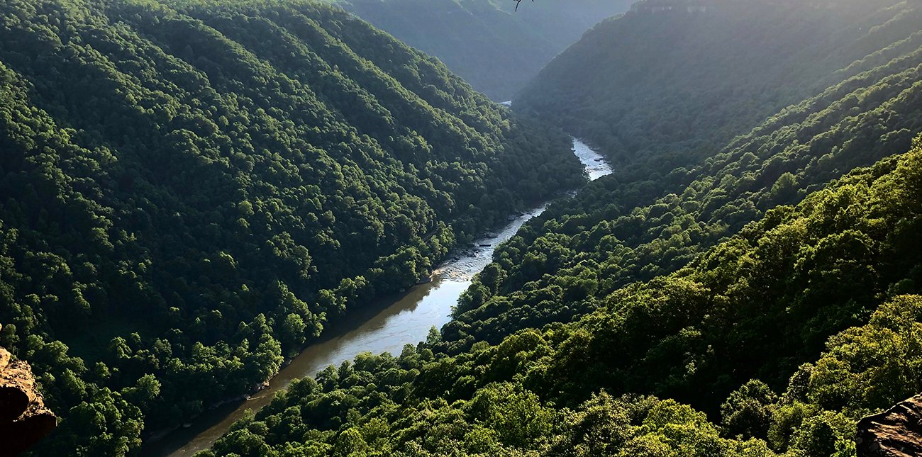 Views of the New River Gorge while hiking in West Virginia on the Endless Wall Trail with ACE Adventure Resort.