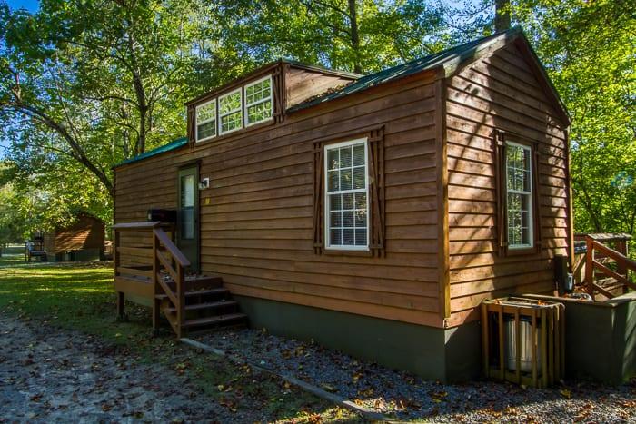 Lakefront Cozy Park Cabin
