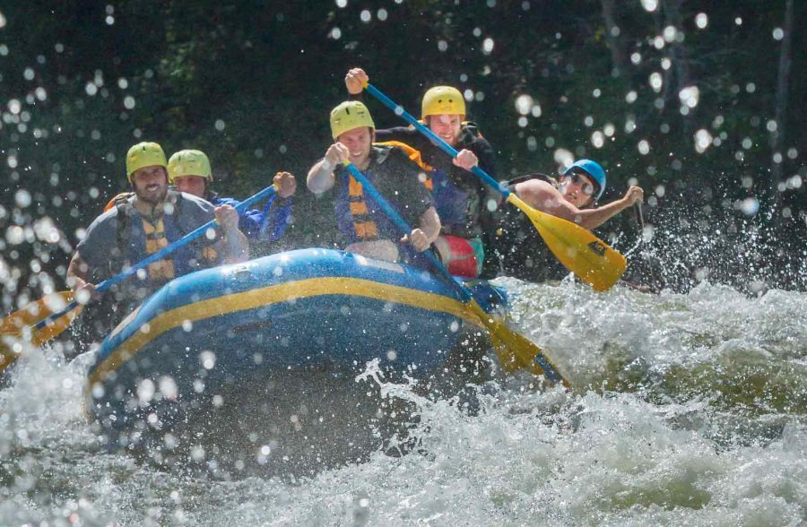 What is a Whitewater Rafting Resort?