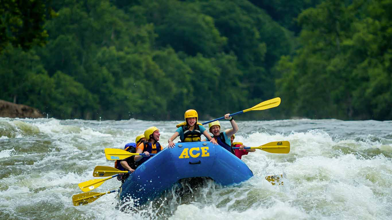 Rocks And Raft Riverside Overnight Package