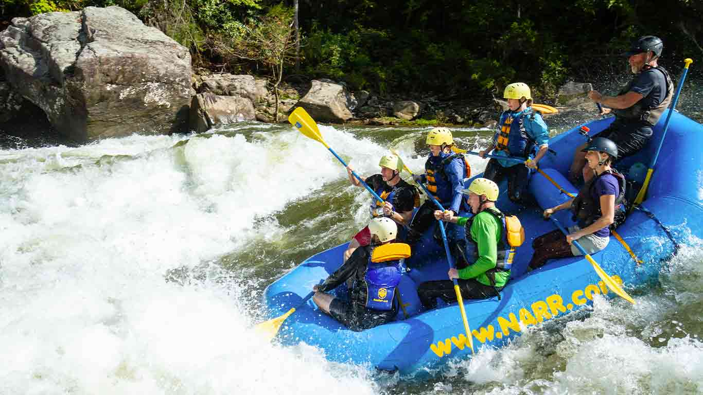 Group of guests on the Upper Gauley with ACE Adventure Resort